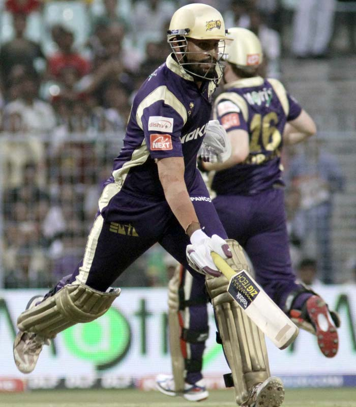 It was Yusuf Pathan towards the end of the innings however, who struck thunderous shots and take his team to 171 in the allotted 20 overs. He finished on 46 with three sixes.