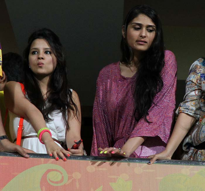 Sakshi Dhoni seen waiting anxiously for the match to start at the M Chinnaswamy Stadium. (BCCI image)