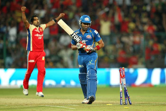 Vinay kumar's last over turned the match and soon the ball was in RCB's court (BCCI Image)