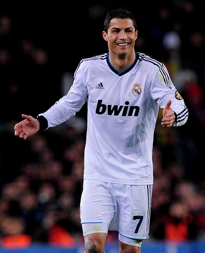 Ronaldo doubled Real's lead and Barca were under pressure down 2 goals.