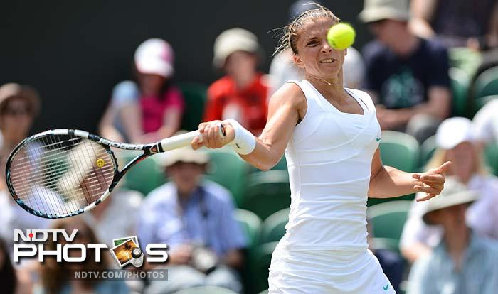 Sara Errani dispatched Anne Keothavong 6-1, 6-1 in a clinical performance where her opponent simply could not match her strokeplay.