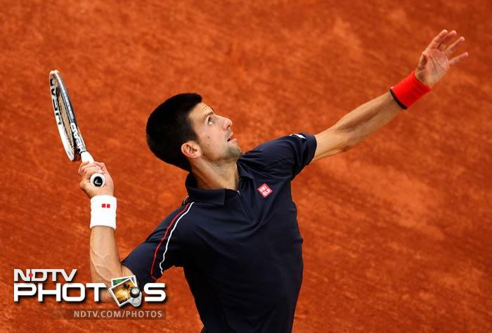 Djokovic, the tournament's top seed, quickly dispatched with Nicolas Devilder. Federer, the No. 3 seed, had slightly more trouble with Nicolas Mahut, but the match was still not close. Djokovic vs. Federer is the match that tennis fans want to see, as it will be a rematch of the epic 2011 semifinal. If the two players continue their current form, the crowd at Roland Garros will be in for a treat.