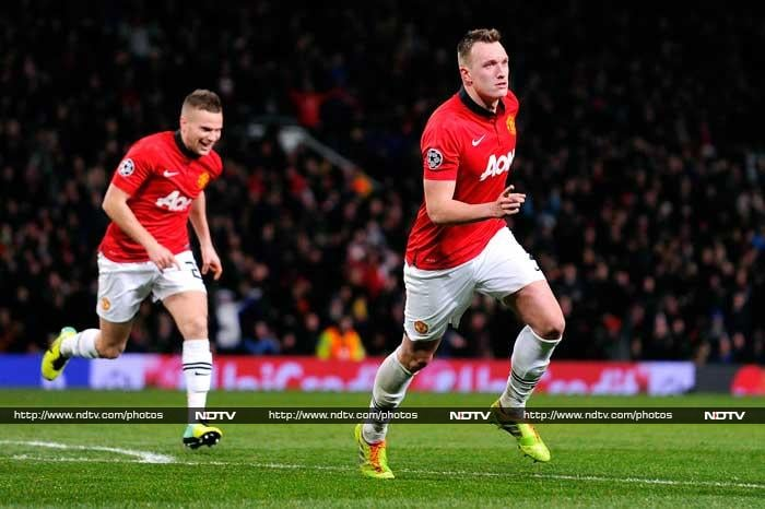 While City produced the performance of the night, their rivals Manchester United ended a two-match home losing streak with a 1-0 win over Ukrainian side Shakhtar Donetsk to guarantee top spot in Group A, with Phil Jones scoring the goal.