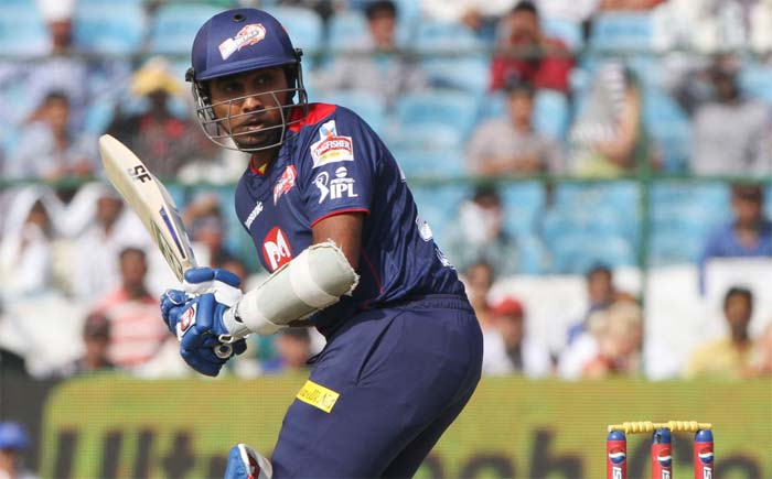 Delhi skipper Mahela Jayawardene gave his team a good start and hit 34 off 31. Once he and partner Virender Sehwag departed though, the innings began stumbling. (BCCI image)