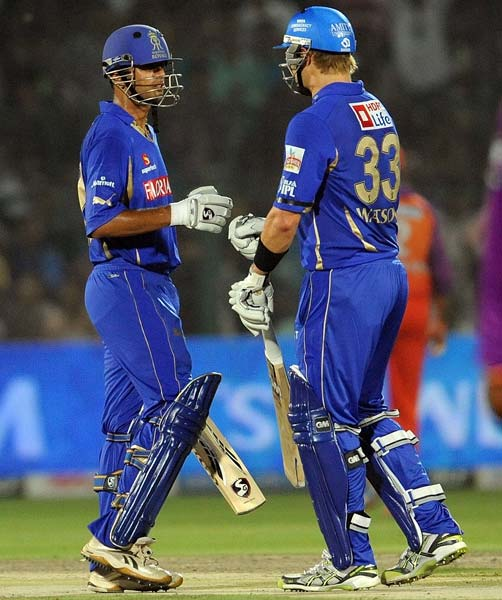 The Roayls' openers in Rahul Dravid and Shane Watson showed their opponents the proper way to bat once they came out to chase the target down.