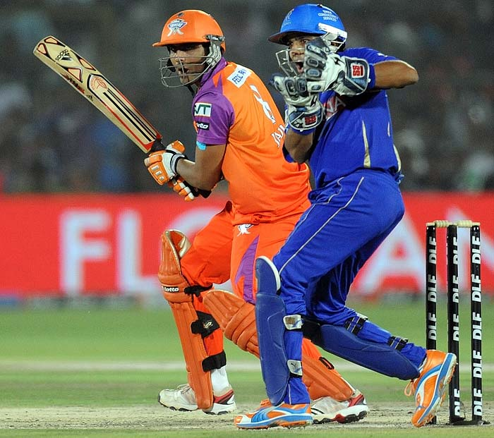 Parthiv was partnered well by Ravindra Jadeja and the duo put on 48 runs at a moderate run-rate of just over 6 an over.