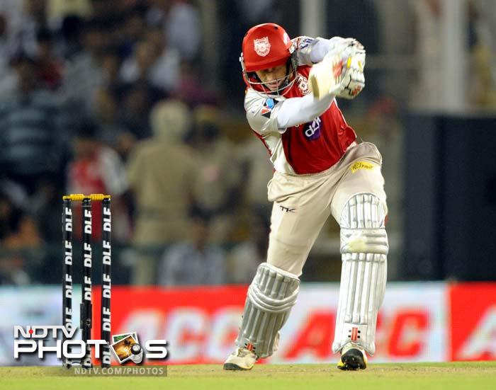 David Hussey, Kings XI Punjab's captain failed to inspire a spirited batting performance from his side. (AFP PHOTO/RAVEENDRAN)