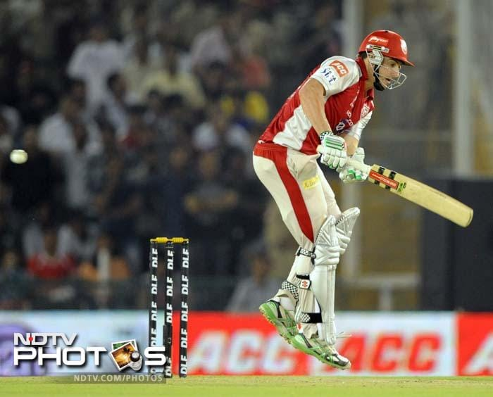 Shaun Marsh put up some resistance but wickets kept falling at the other end. (AFP PHOTO/RAVEENDRAN)