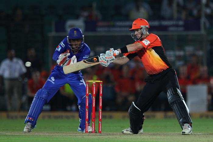 Adam Voges was Perth Scorchers' best batsman. He scored 27 while Liam Davis hit 18 runs to take Perth to 119 all out.