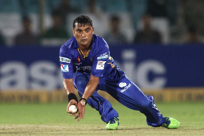 Pravin Tambe was brilliant with the ball. The 41-year-old picked up two wickets and took a diving catch off his own bowling. James Faulkner also picked up a couple of wickets while Shane Watson got one.