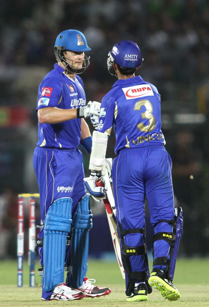 Shane Watson and Ajinkya Rahane started the paltry 125-run chase in fine fashion. More so Watson, who smashed 32 from just 19 balls, including 7 fours. The two giving a perfect platform to make the target an easy one for the Rajasthan batters. (BCCI image)