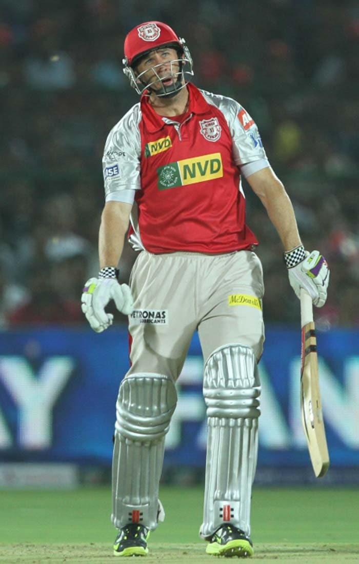 David Hussey was by far Kings XI's best batsman on Sunday (April 14, 2013). He scored an enterprising 41 from 31 balls, not allowing the Rajasthan bowlers to settle down. But his stay was ended by Siddharth Trivedi, leaving him dejected as his wicket turned the tide in Rajasthan's favour. (BCCI image)