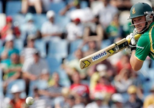 South Africa's captain Graeme Smith watches his shot during the second ODI match at the SuperSport Park in Pretoria on Sunday, April 5, 2009. (AP Photo)