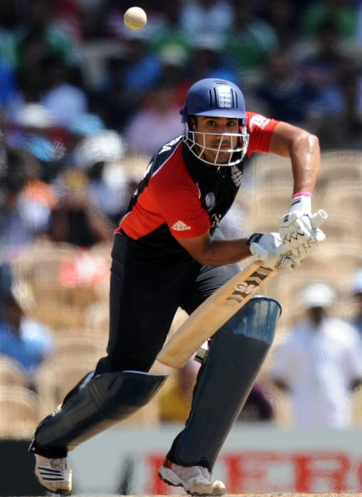 Ravi Bopara, included in the team in place of Paul Collingwood lapped up the opportunity top-scoring with a defiant 60 off 98 balls with 3 fours and a six. (AFP Photo)