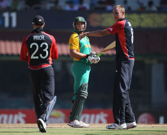 Midway through the innings Broad got rid of Amla and Jacques Kallis within the space of 7 runs to put England back on track after a steady start by the Proteas. (Getty Images)