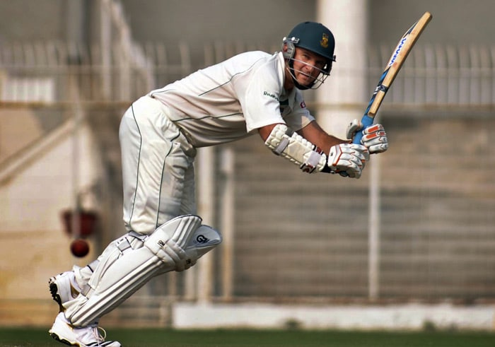 South African captain Graeme Smith bats during the second day of the two-day warm-up match against Indian Board President XI in Nagpur. (AP Photo)