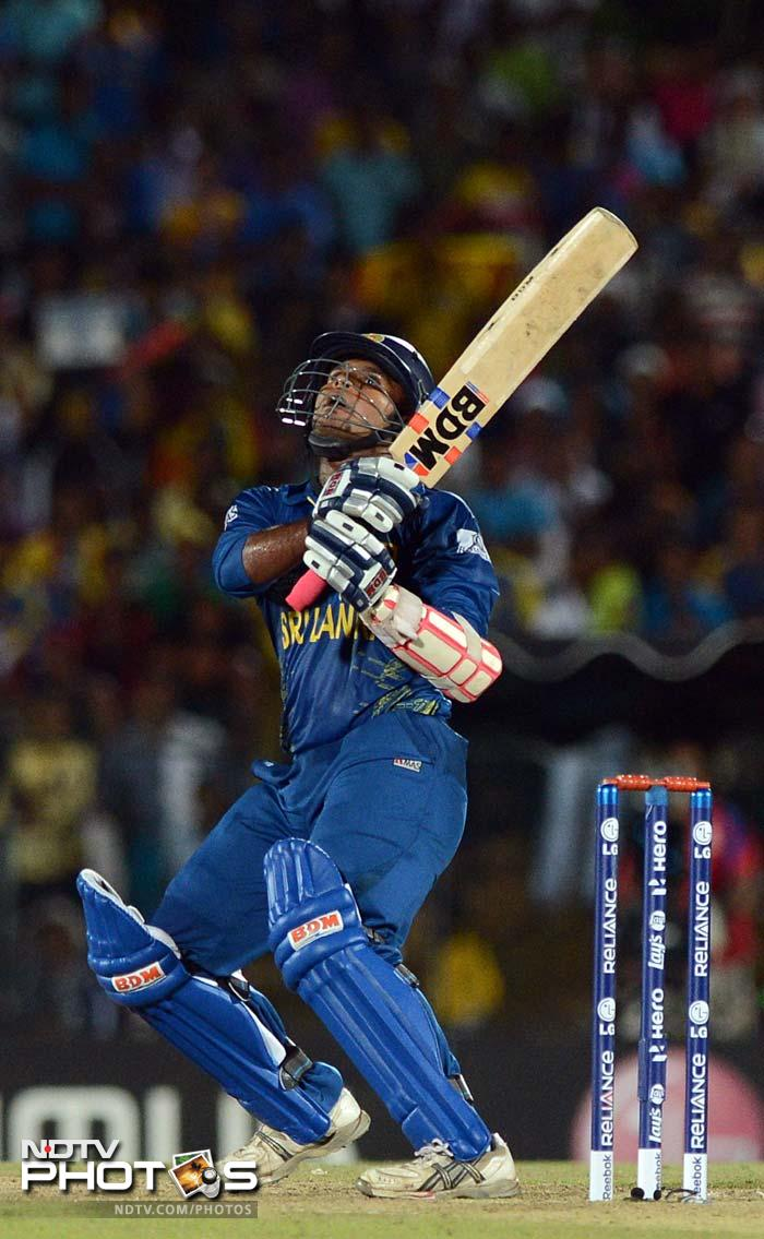 Dilshan Munaweera fell while trying to accelerate, but an asking rate of more than 12 runs per over was always difficult to handle.
