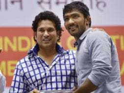 Photo : Sachin Tendulkar Greets CWG Medallists
