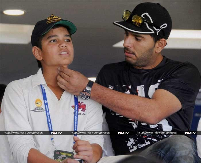 Yuvraj Singh too was seen sharing a light moment with Arjun.
