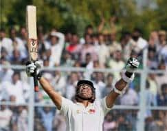 Photo : Vignettes from Sachin's farewell domestic match