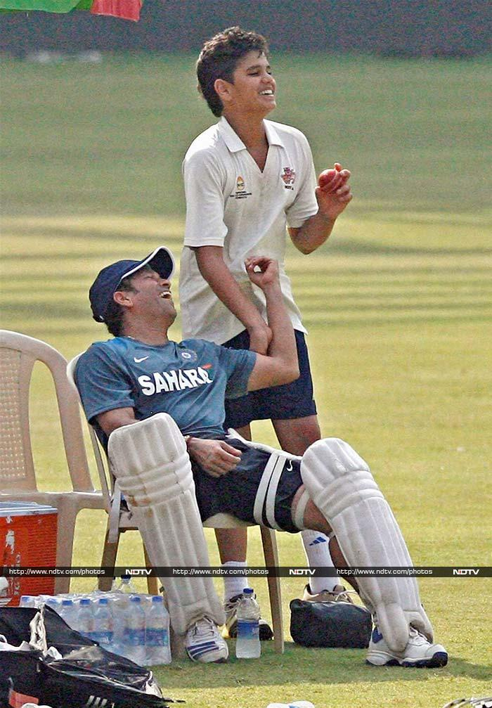 Having called time on his career, Sachin now gives tips to his son Arjun as he encourages him to move ahead in the game.
