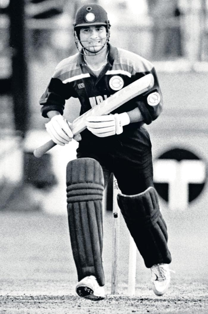 Sachin made an unbeaten hundred on his first class debut: On 11 December 1988, aged just 15 years and 232 days, Tendulkar scored 100 not out in his debut first-class match for Bombay against Gujarat. He became the youngest Indian to achieve the feat.
