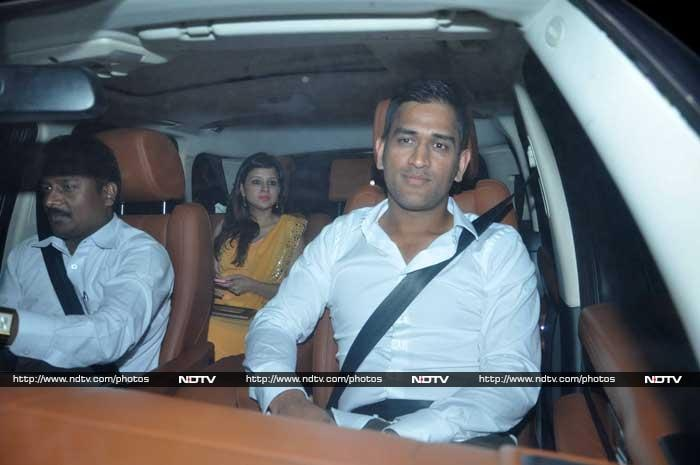 MS Dhoni was not going to miss this, was he? Seen here with wife Sakshi. © Photo: Varinder Chawla
