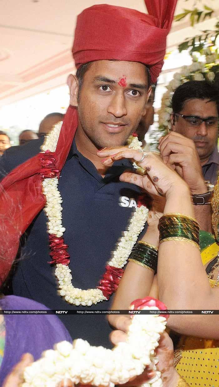 Members from both the West Indies and the Indian team, including MS Dhoni, were present for the ceremony.
