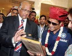 Photo : Mumbai gears up for homeboy Sachin Tendulkar