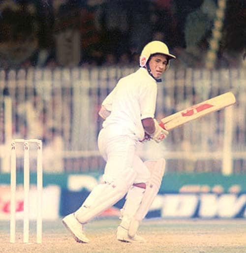 <b>April 24, 1989-April 24, 1990:</b><br><br>7 Tests - 332 runs, Highest - 88<br> The master makes his international debut on November 15, 1989, at the tender age of 16, against a pace attack comprising a young duo of Wasim Akram and Waqar Younis, Imran Khan and Abdul Qadir of Pakistan at Karachi. Tendulkar plays 7 Tests and scores 332 runs with 88 as the highest. Although he doesn't get his maiden ton, he does hit 3 fifties. <br><br> 3 ODIs - 36 runs, Highest - 36<br> Tendulkar has an unremarkable start to his ODI career. The 16 year-old is out for a duck off his 2nd delivery by Waqar Younis against Pakistan at Gujranwala. His next game at Dunedin sees an encore as New Zealand's Shane Thomson also sends him packing off the 2nd ball. He finally gets off the mark with a 36 against New Zealand in the following match at Wellington.