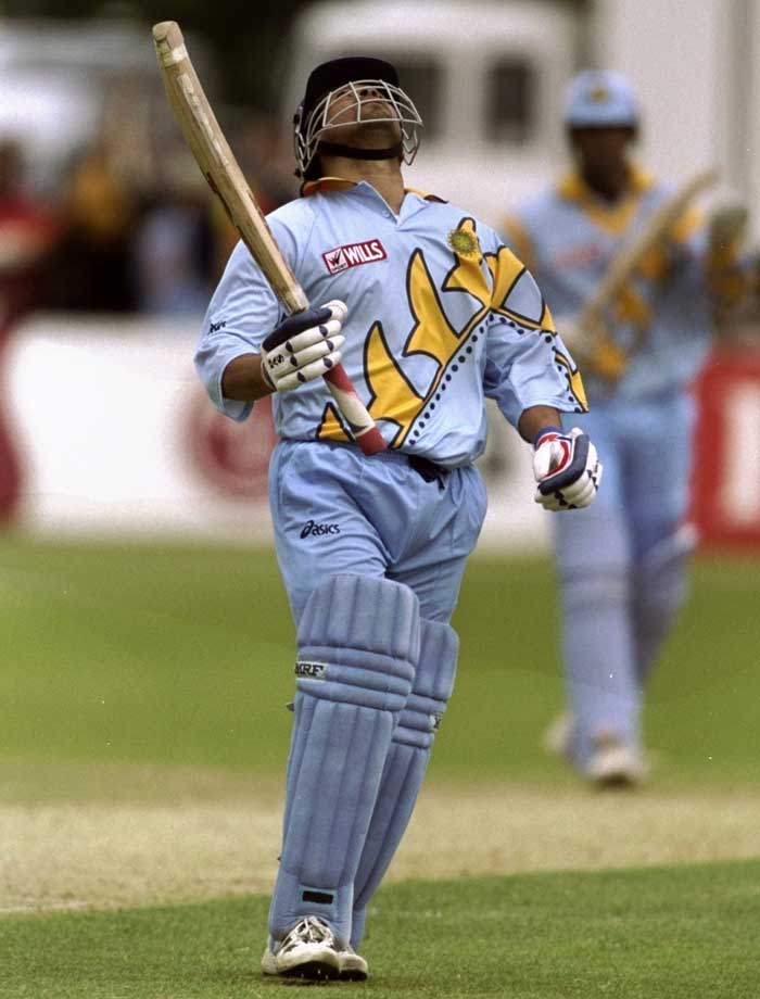 The 1999 World Cup held in England did not see too many significant knocks by Sachin. However, his knock of 140 runs off 101 balls that included 16 fours and 3 sixes, helped India post a mammoth total of 329 runs in 50 overs against the Kenyans. India won by 94 runs.
