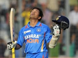Sachin Tendulkar completes 100th hundred