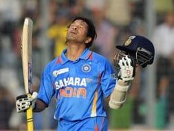 Sachin Tendulkar completes 100th hundred
