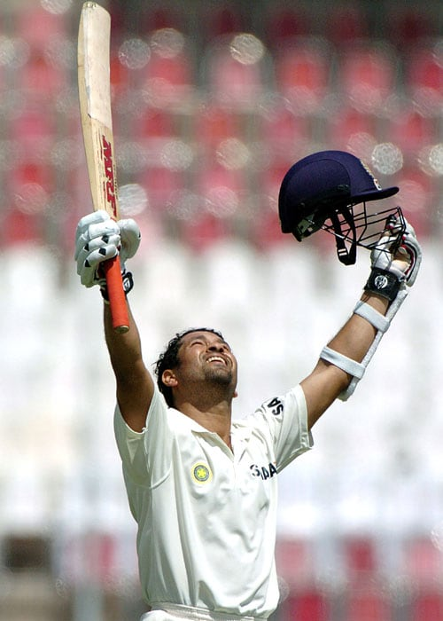 <b>Year 2004, 70th Century:</b> A controversial decision by the then captain Rahul Dravid to declare the innings, cost Sachin from reaching another double hundred score. India declared their innings with Sachin at a score of 194 with just 6 more runs to reach what would have been his 4th double ton.