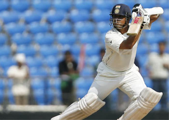 <b>Year 2007, 78th Century:</b> Sachin hit back-to-back centuries in the series. In the second Test against Bangladesh in Dhaka, he raised his 37th ton with an unbeaten knock of 122 runs. Three other Indians made centuries in the same match - Wasim Jaffer, Dinesh Karthik and Rahul Dravid. However, Sachin walked away with the 'Man of the Series'.