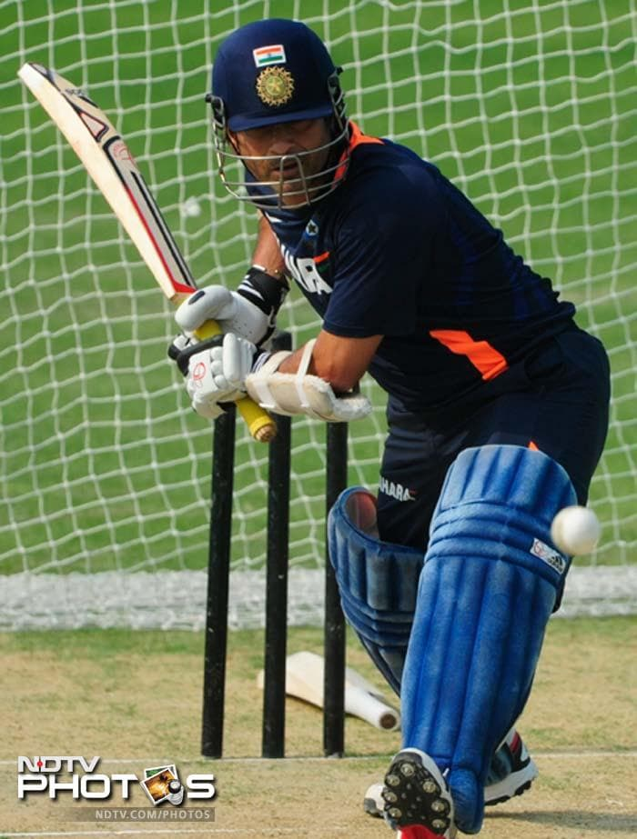 A 70-minute batting session followed as he faced Yusuf Pathan and Rahul Sharma and throwdowns from bowling coach Joe Dawes and fielding coach Trevor Penney.