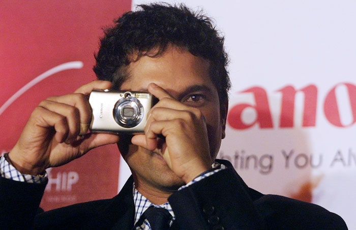He is always followed by the cameras and shutterbugs but the Master Blaster prefers to be on the other side of the camera. His passion for photography comes to the fore in the moments that he spends with his family - moments that Sachin loves to capture and treasure for life!