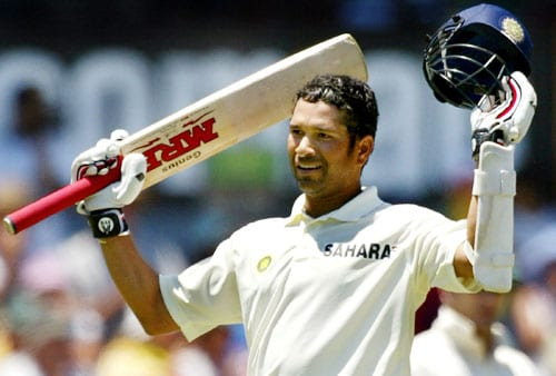 In 2004, Tendulkar played a fantabulous Test innings to score 194 against Pakistan in Multan. Tendulkar was stranded prior to reaching his double century as a result of a declaration by Rahul Dravid. A surprised Sachin Tendulkar expressed his disappointment in the press confrence that followed.