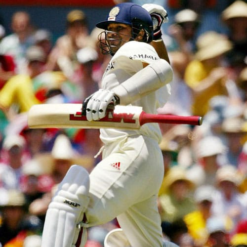 <b>241 no vs Australia, Sydney (2004)</b><br><br> This innings at the Sydney cricket ground in 2004 gave ample proof of Sachin's steely resolve. Wary of the fact that he was getting out by playing shots outside the off stump, Sachin amassed 241 runs scoring mostly on the leg side.