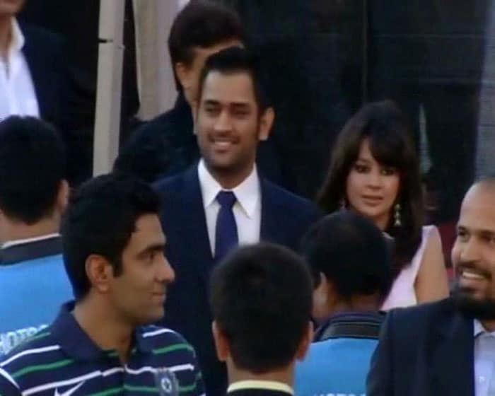 Dhonis among cricketer friends.