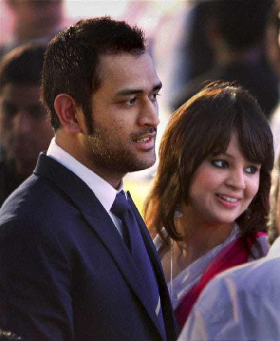 MSD with wife Sakshi at the BCCI Awards.