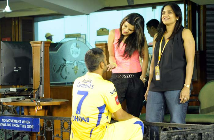Of course, the Chennai skipper soon returned and the two are seen here sharing a candid moment. (BCCI image)