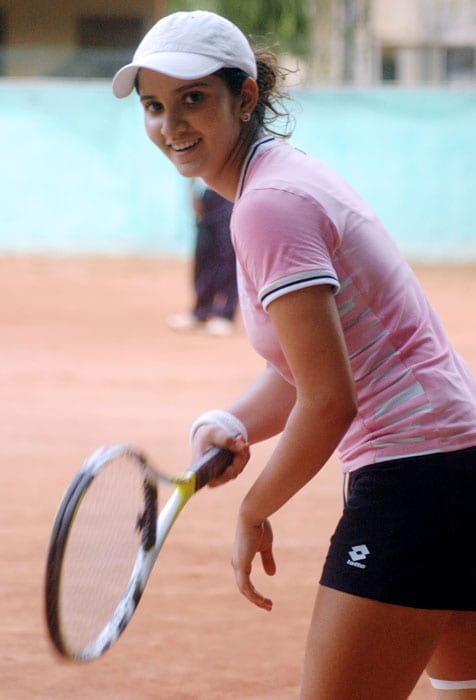 Sania made her debut in 2003 in the India Fed Cup team, winning all three singles matches. She also won the 2003 Wimbledon Championships Girls' Doubles title, teaming up with Alisa Kleybanova of Russia.