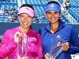 Photo : Sania Mirza wins New Haven doubles title