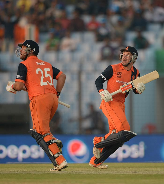 Myburgh and Michael Swart added 58 runs in the first six overs as the asking rate began to diminish.