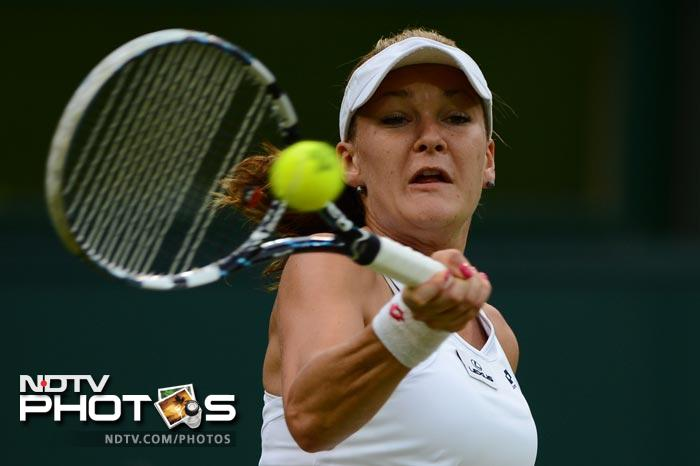 Agnieszka Radwanska needed no such luck on her side as she dispatched Heather Watson in straight sets to win 6-0, 6-2.