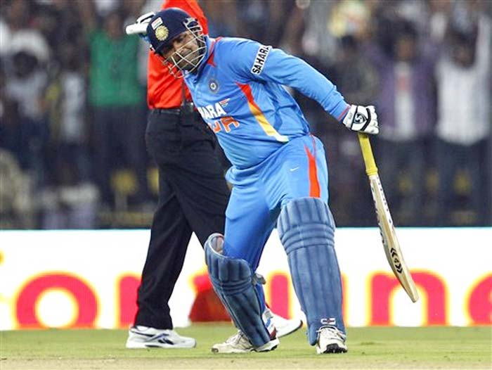 <b>Arun Oscar:</b> Congrats Sehwag on 200+. Happy that Sachin's record has been broken by an Indian. This record will stay for long.. Hats off once again Sehwag..