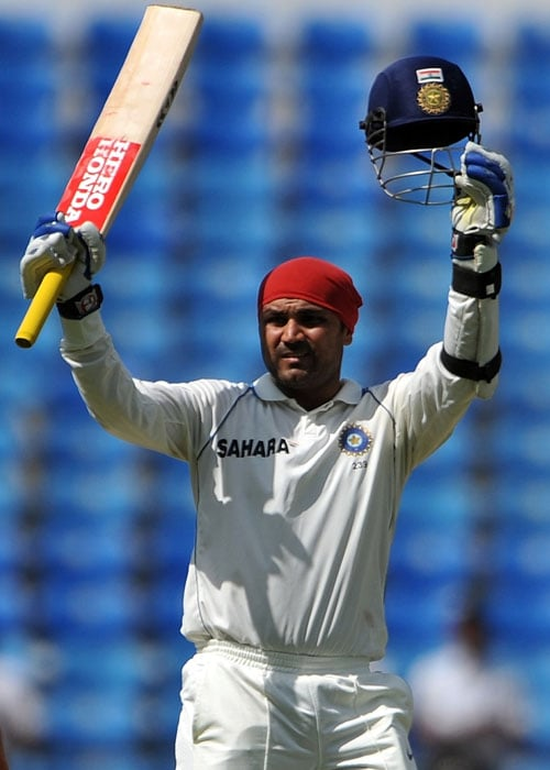 <b>109 vs South Africa at Nagpur</b><br><br> After South Africa had scored big in their first innings, they created troubles for India with early wickets.<br><br> Sehwag though held his own and kept scoring freely to bring up his 18th Test ton.<br><br> But just when he looked at his best, he chased a wide Parnell delivery to commit hara-kiri. Steyn ripped apart the rst of the line up and India went on to lose the match.