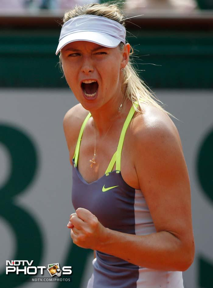 The crowd tried to lift the defending champion Sharapova, who was seeking her fifth Grand Slam title and second at Roland Garros, but apart from a few moments, she was underwhelming.