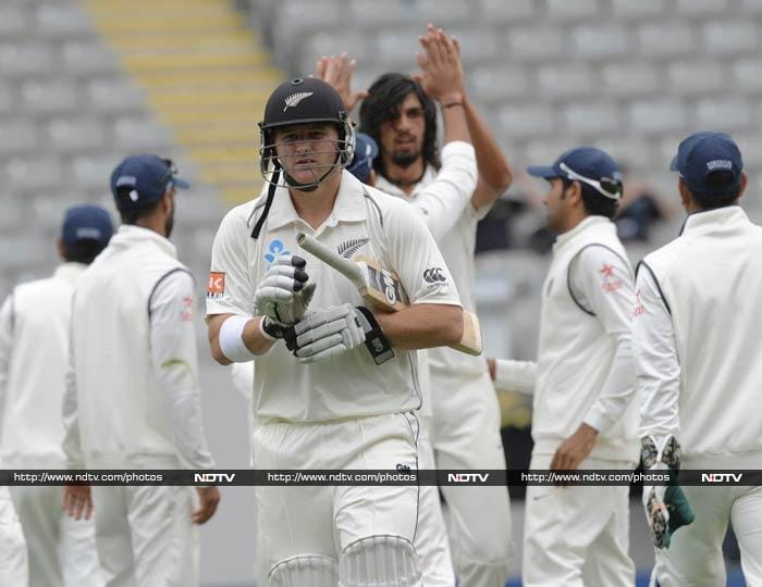 Ishant Sharma struck a vital blow to remove Anderson for 77.